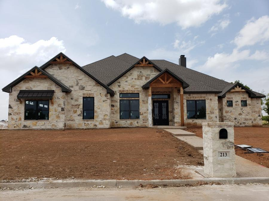 New Home Construction Cedar Accents - Waco, Texas