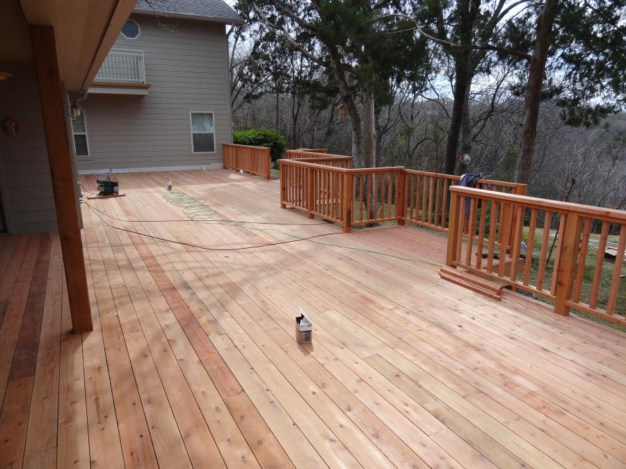 Redwoods Inc Waco - Red Cedar Deck with Lumber Railing