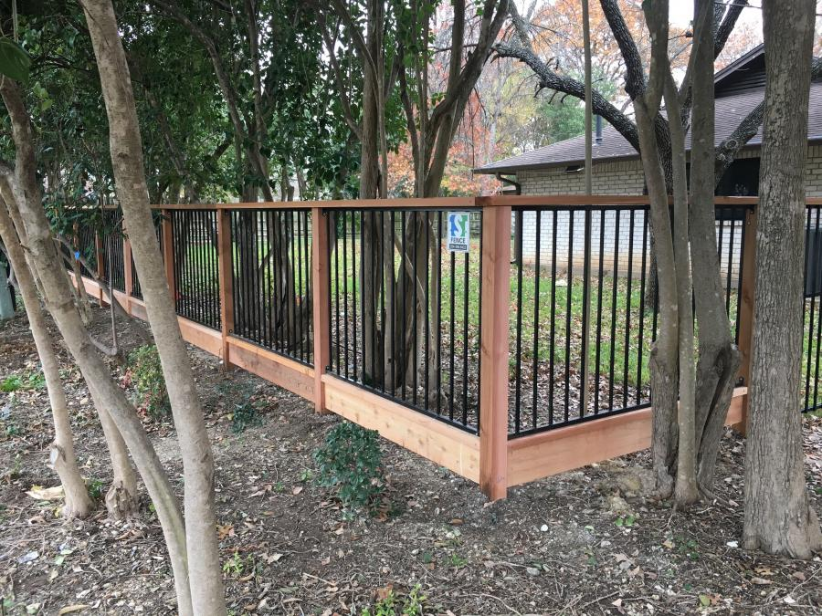 Redwoods Inc Waco - Custom Railing & Cedar Border