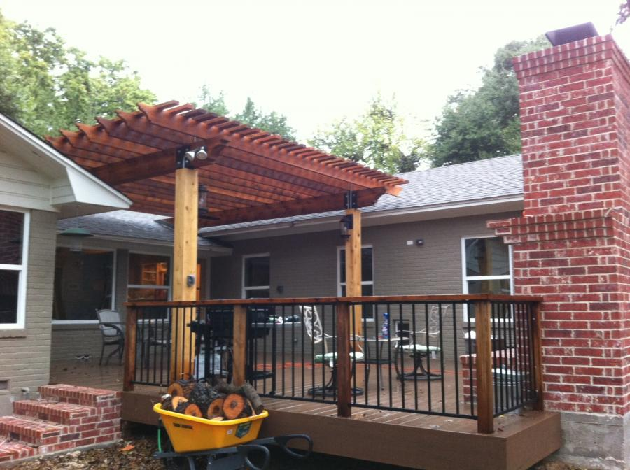 Redwoods Inc Waco - Deck with Pergola