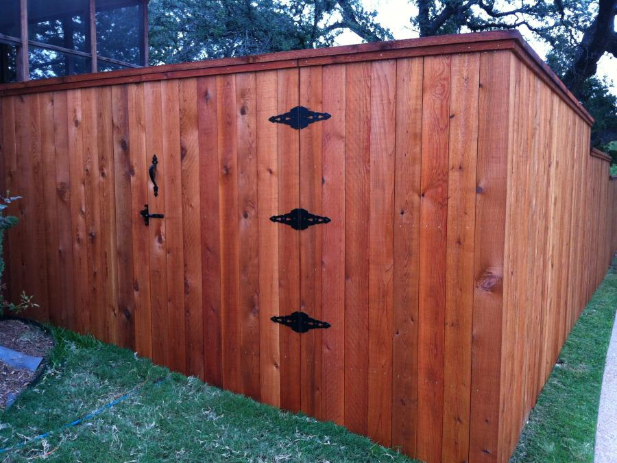 Redwoods Inc Waco - Red Cdedar Privacy Fence & Gate