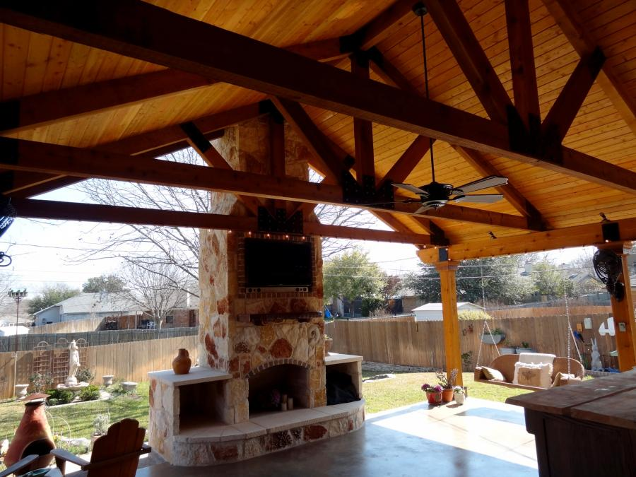 Redwoods Inc Waco - Outdoor Covered Cedar Project