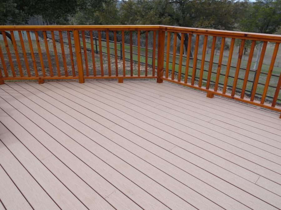 Redwoods Inc Waco - Deck Wood & Cedar Railing