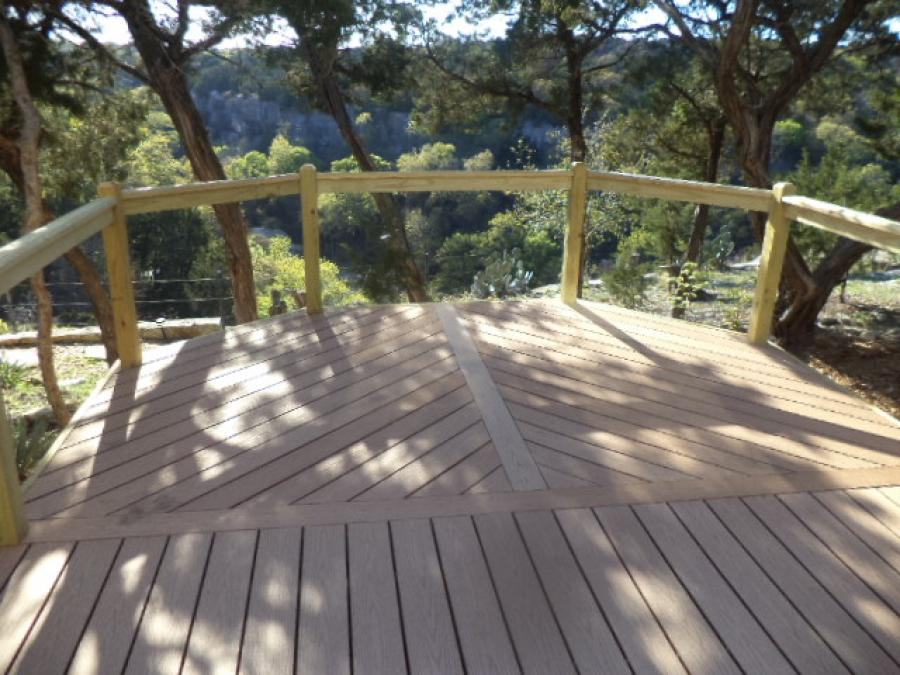 Redwoods Inc Waco - Custom Deck Project Submission
