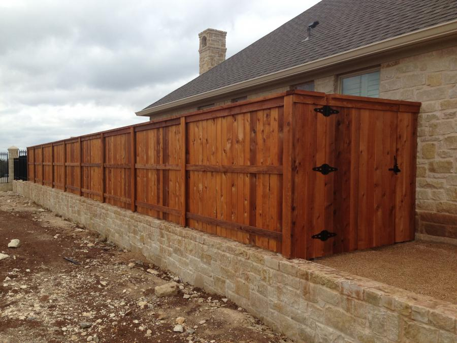 Redwoods Inc Waco - Cedar Privacy Fencing Lumber Stained
