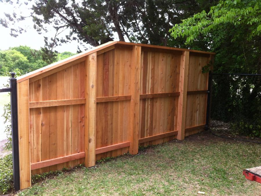 Redwoods Inc Waco - Custom Privacy Fence Project Submission