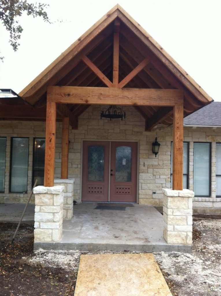 Redwoods Inc Waco - Exterior Awning with Cedar Pillars & Beams