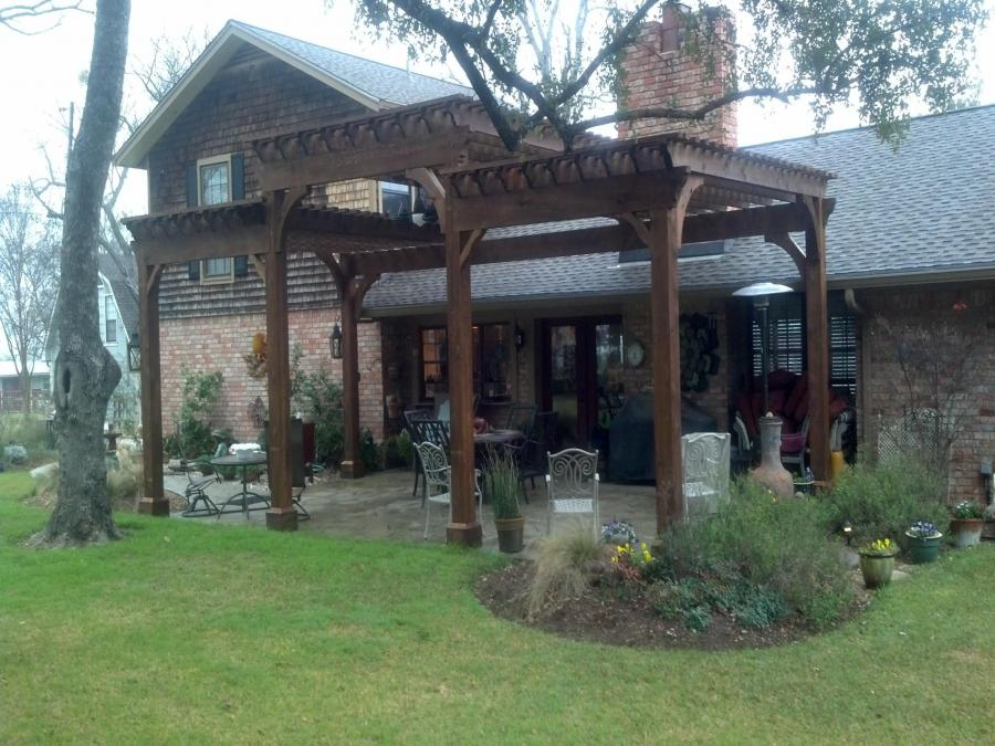Redwoods Inc Waco - Tall Pergola Dark Wood Project