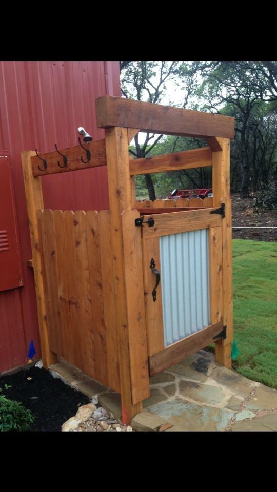 Redwoods Inc Waco - Outdoor Shower Stall Cedar Lumber