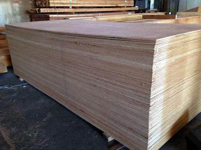 Western Red Cedar Plywood - Redwoods Waco